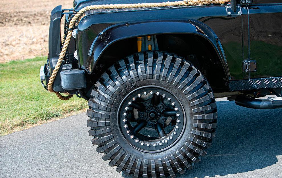 Los neumáticos son de 37 pulgadas.