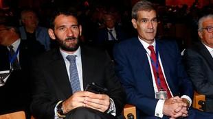 Jorge Garbajosa y Antonio Martín,presidentes de la FEB y la ACB,...