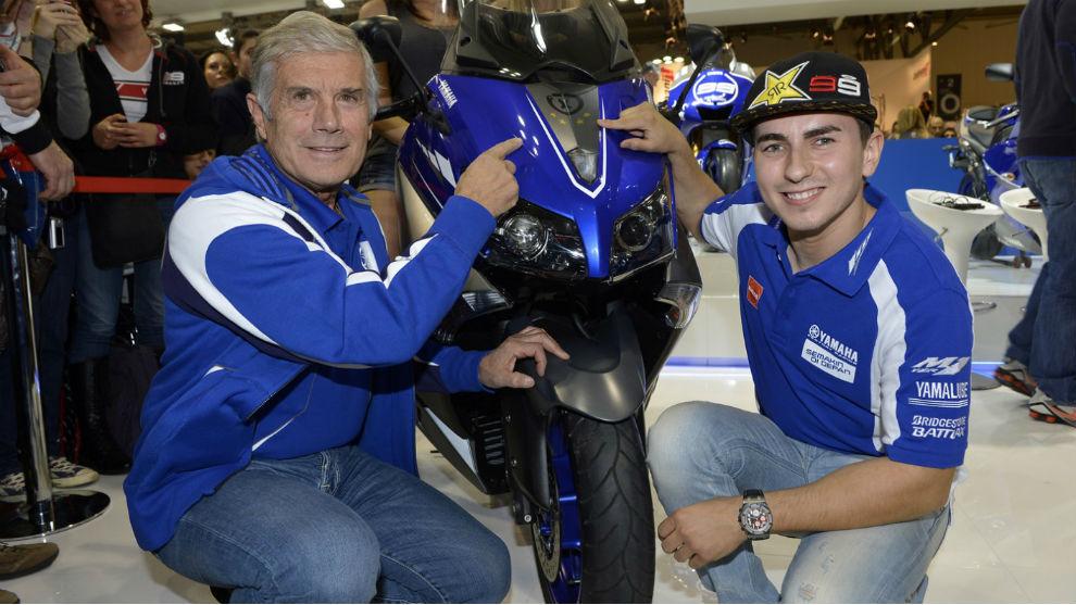 Agostini y Lorenzo, en un acto de Yamaha en Milán.
