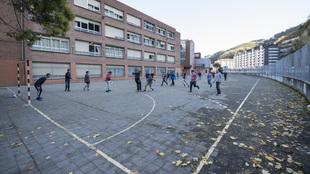 Educación del País Vasco abandona a su suerte a los institutos en la vuelta a las aulas
