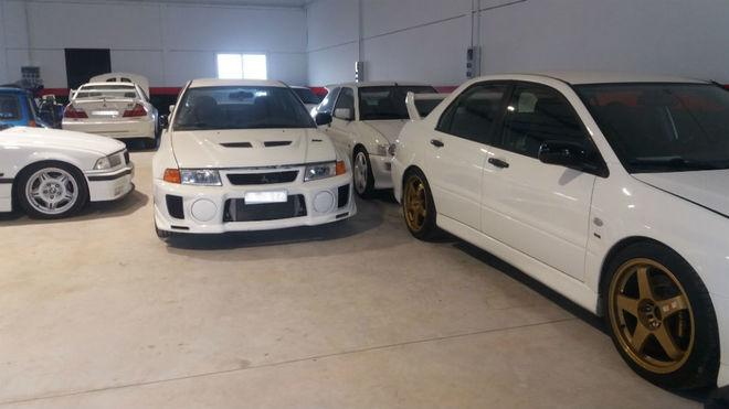 Algunos de los coches robados encontrados por la Ertzaintza.