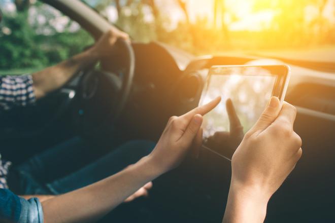 Coronavirus: cuándo llevar mascarilla en el coche y otros consejos para evitar multas y conducir seguro en esta 'nueva normalidad'