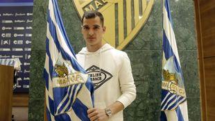 Sergio Buenacasa, el día de su presentación con el Málaga