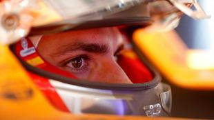 Carlos Sainz, en su monoplaza.