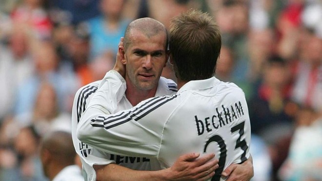 Zidane and Beckham during the Frenchman's final Madrid game.