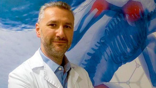 Doctor Carlos Jarabo, especialista en Medicina del Deporte y...