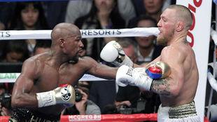 Mayweather se impuso a un valiente McGregor.