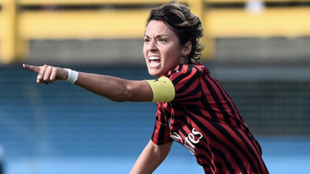 Valentina Giacinti en un partido con el AC Milan esta temporada.