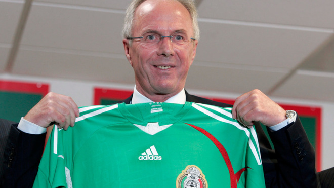 Sven-Göran Eriksson, en su presentación con el Tri en junio del...