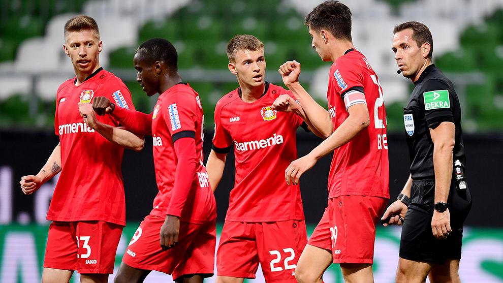El Leverkusen celebra una anotación.