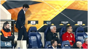Marcelino, durante un partido de Europa League disputado entre el...