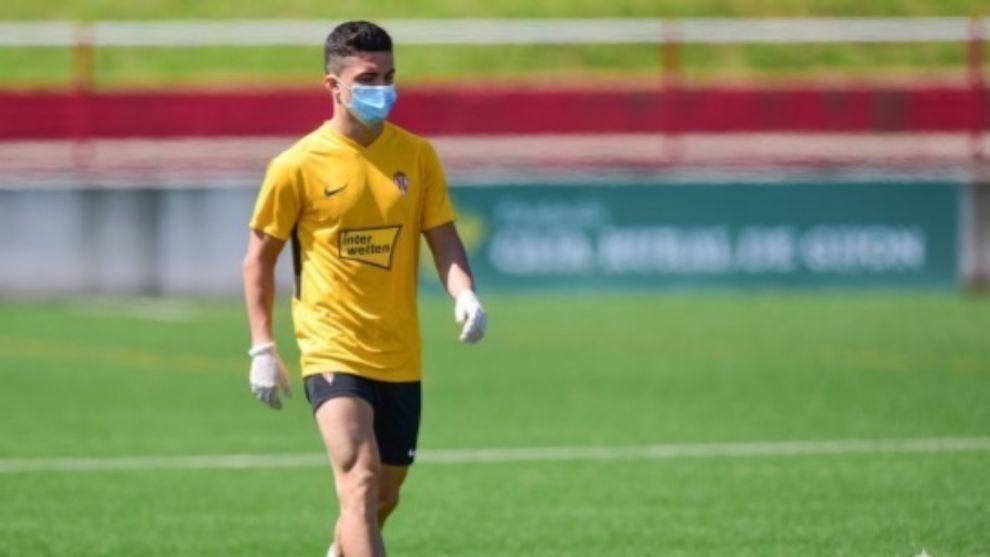 Manu García, durante el entrenamiento de este miércoles
