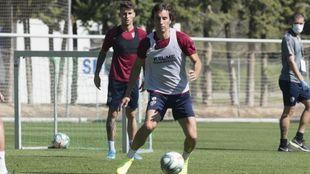 Mosquera, durante el entrenamiento de este miércoles en Huesca