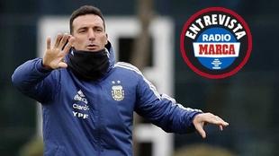 Scaloni en un entrenamiento de Argentina.