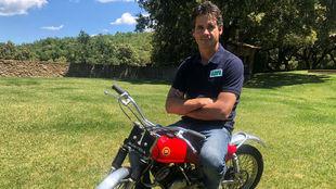 Crivillé, con la Montesa Cota25 con la que empezó a montar en moto.
