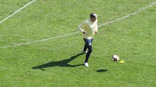 Nicolás Castillo continúa su proceso de rehabilitación.