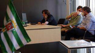 Reunión telemática   en la que se cerró el acuerdo con el nuevo...