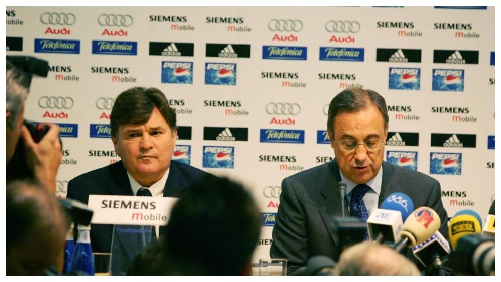 Camacho y Florentino, el día de la dimisión del técnico en 2004.