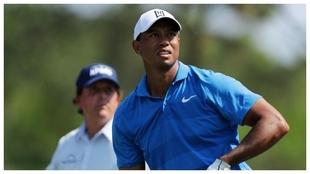 Tiger Woods, en un duelo con Phil Mickelson