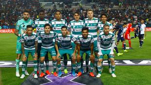 15 jugadores de Santos dieron positivo por Covid-19.