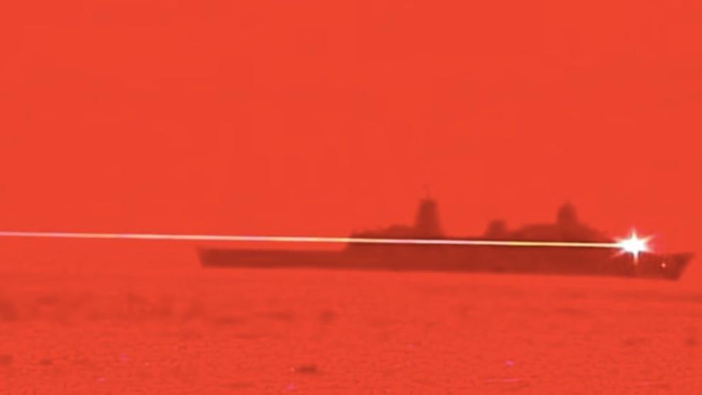 EEUU prueba rayo láser para destruir drones en pleno vuelo