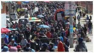Vista general este jueves de 'La Feria 16 de julio' en El...