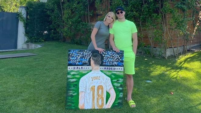 Jovic, por amor al arte... y al Madrid