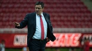 Luis Fernando Tena quiere marcar una época en el Guadalajara.