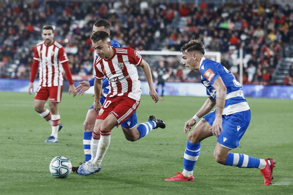Hugo Vallejo, en el partido del Deportivo en Almería, último antes...