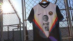 El América reveló su nueva camiseta de visitante.