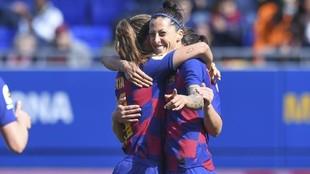 Varias jugadoras celebran un gol