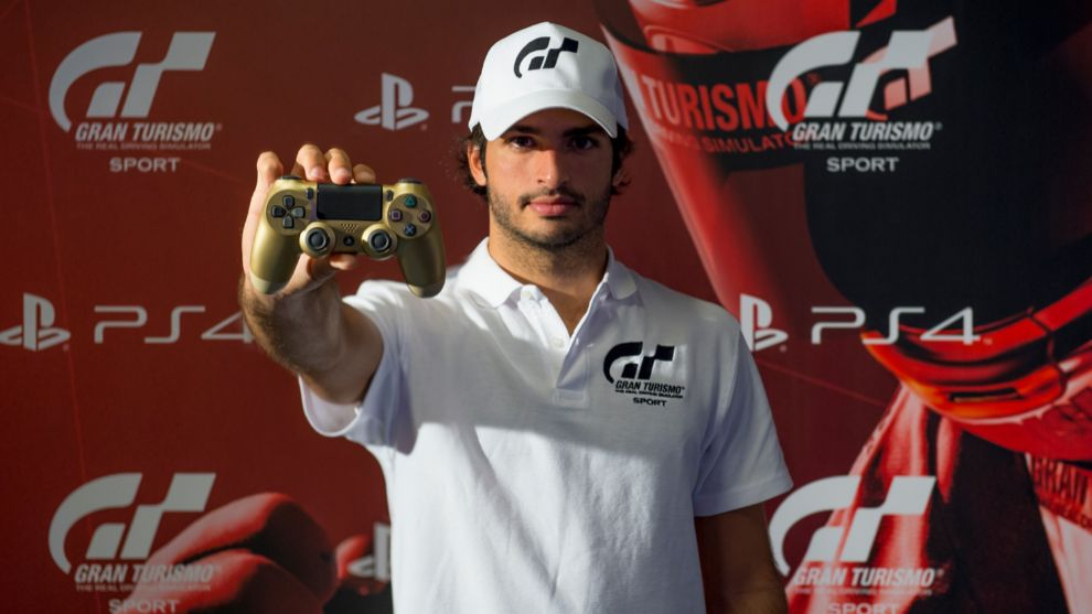Carlos Sainz lidera la mejor carrera virtual, 'Gran Turismo All Star'