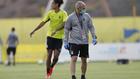 Pepe Mel, durante un entrenamiento de Las Palmas.