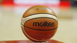 Un balón durante el Eurobasket de 2015.