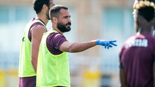 Mario, durante un entrenamiento con el Villarreal.