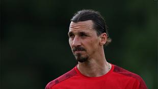 Zlatan Ibrahimovic en entrenamiento.