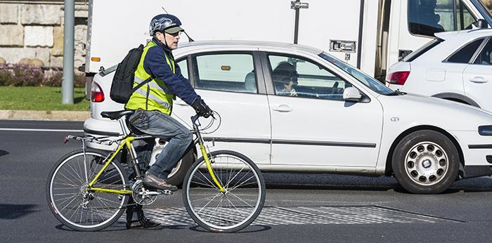 DGT - RACC - Carnet para ciclistas - Titulin - Bicis - Seguro obligatorio - Casco