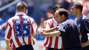 Torres recibe instrucciones de Cantarero, técnico que le hizo...