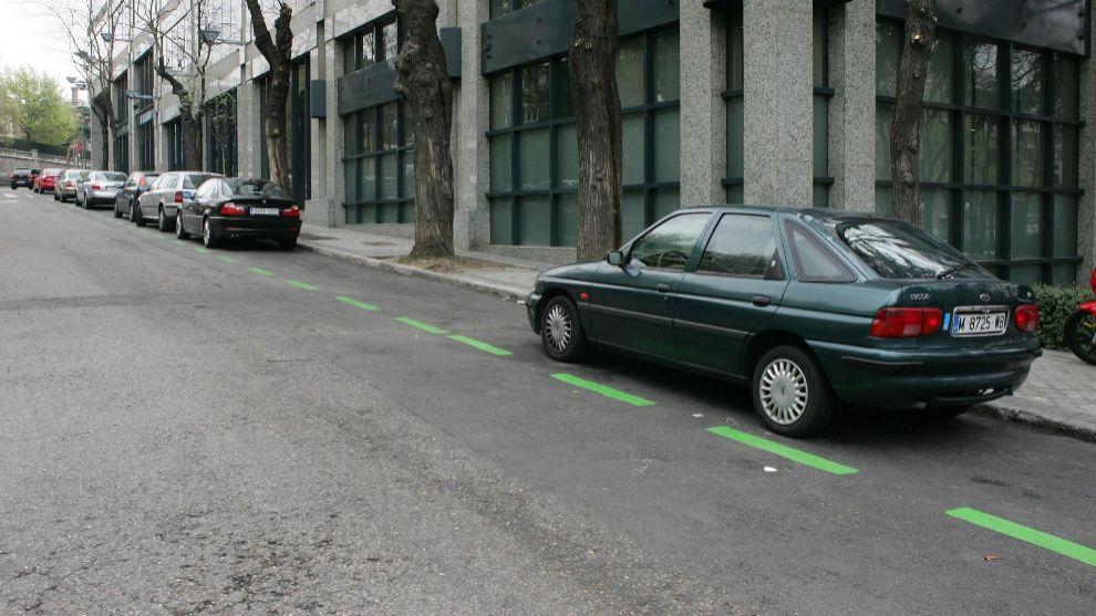 Aparcar en zonas verdes y azules volverá a ser de pago.