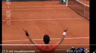 Djokovic alienta a la grada de la Suzanne Lenglen