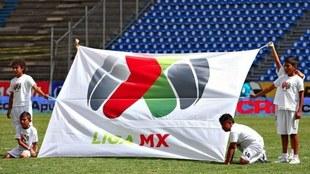 Bandera de la Liga MX.