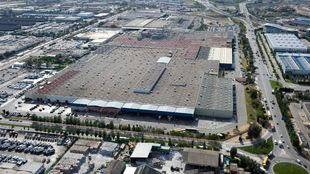 Vista aérea de la principal planta de Nissan en Barcelona.