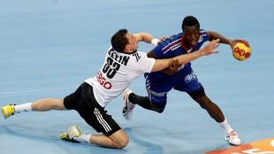 Abalo, en un partido de la selección francesa contra la de Alemania.