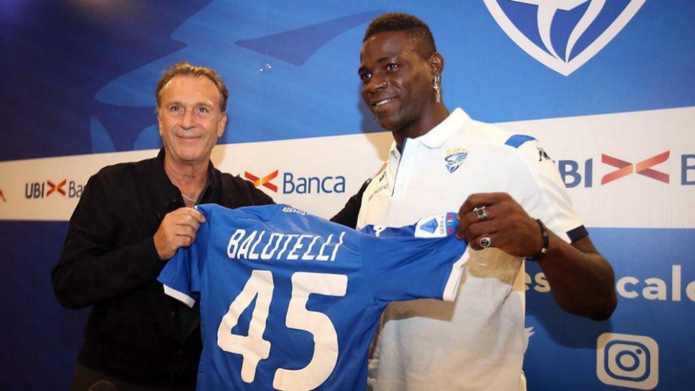 Mario Balotelli, en su presentación con el Brescia.