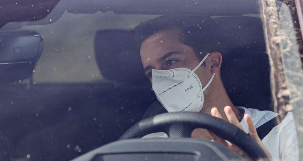 Mascarillas en el coche: cuándo hay que llevarlas, multas y sanciones