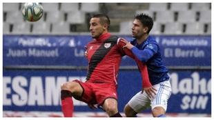 Jimmy lucha con Trejo en el Oviedo-Rayo