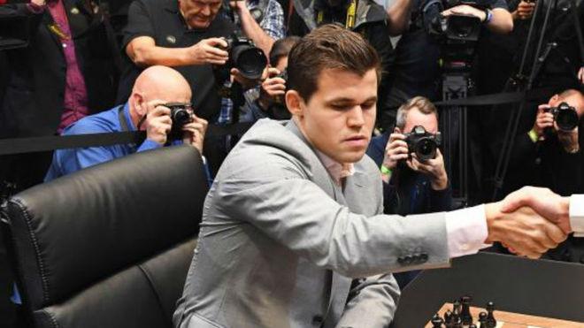 Magnus Carlsen, en una partida.