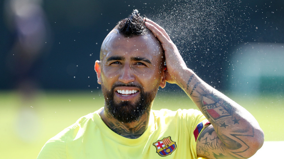 Medel: Vidal is dying to play for Boca Juniors