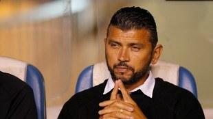 Franky Oviedo como técnico de la sub15 de Xolos.