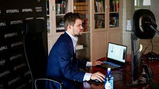 Carlsen, en su domicilio